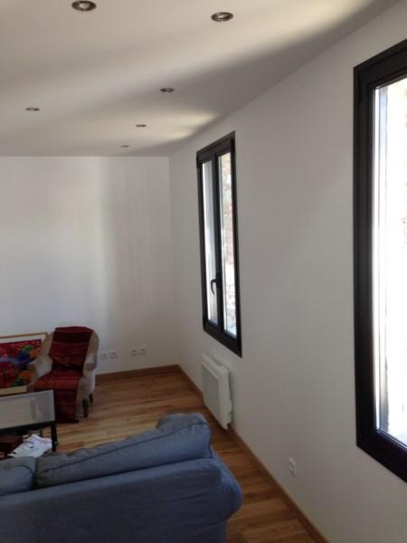 pose de fenetre en renovation fabulous pose fenetre pvc contactez nous lgant pose fenetre pvc. Black Bedroom Furniture Sets. Home Design Ideas